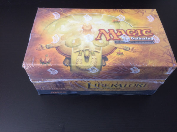 Saviors of Kamigawa Italian Sealed 12 Theme Decks